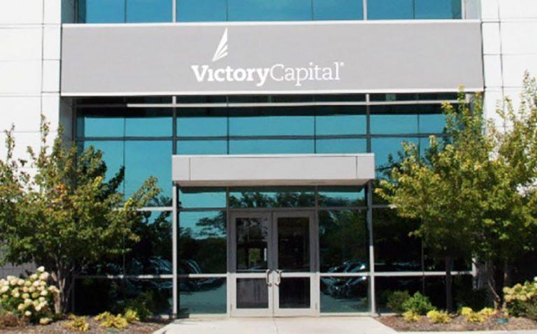Victory Capital, gestionnaire d'actifs de plusieurs milliards de dollars, s'aventure sur le marché de la crypto-monnaie